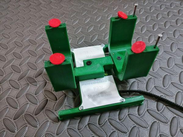 portachiavi medidor verde centro de gravedad 2